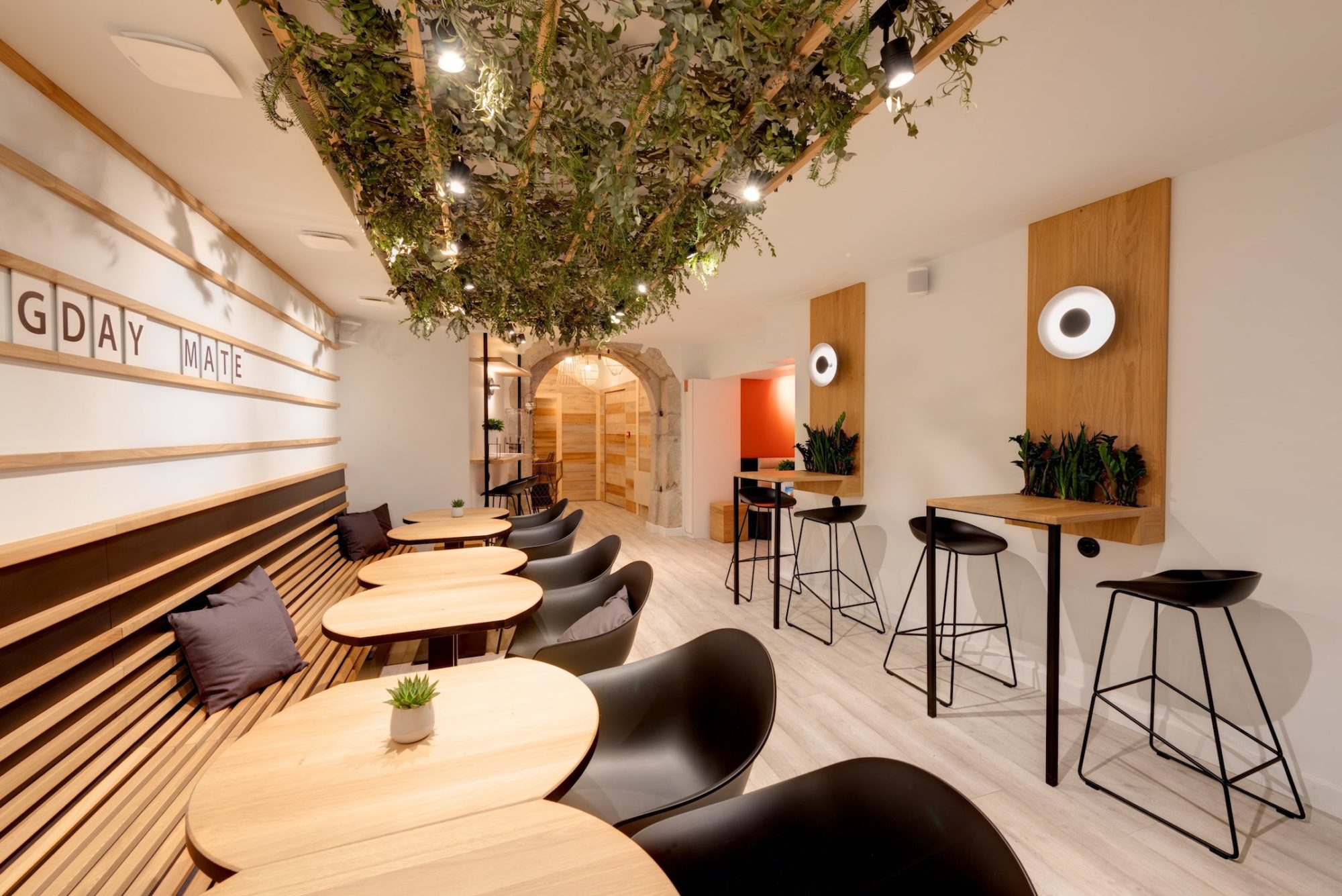 Ecole De Design Annecy agencement bar hôtel | agence design restaurant | eskis.co