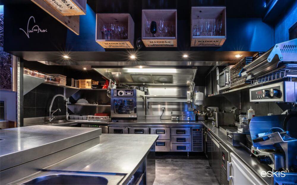 conception-cuisine-profesionelle-vin-chez-moi-annecy