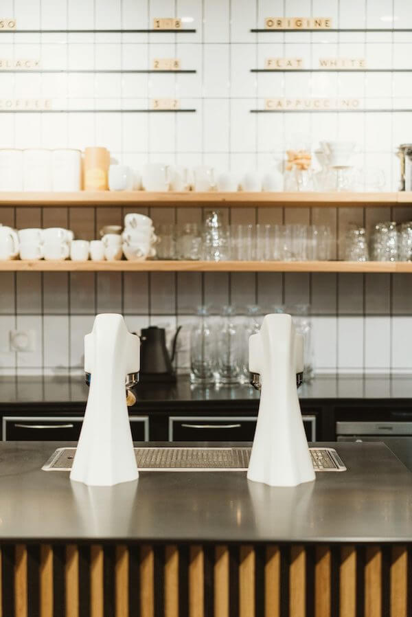 machine-cafe-bar-restaurant-scaled